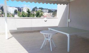 דירת גג במרכז רעננה עם גג ענק