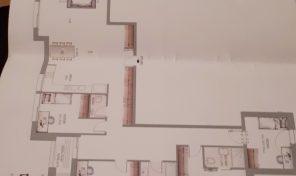 דירה חדשה לגמרי עם מרפסת שמש במיקום מעולה