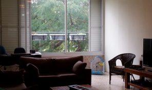 דירת 4 חביבה ומשודרגת במרכז רעננה